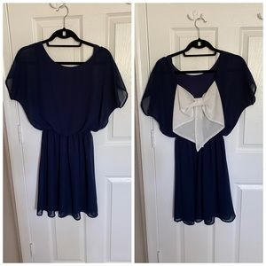 Lulus navy and white back bow dress